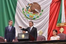 Rinde protesta Miguel Ángel Yunes Linares como Gobernador Constitucional de Veracruz