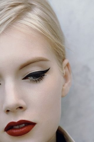 Beauty Tip Thursday - The Classic Red Lip & Winged Eyeliner ...