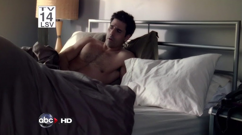 Ben Bass Shirtless in Rookie Blue s2e12