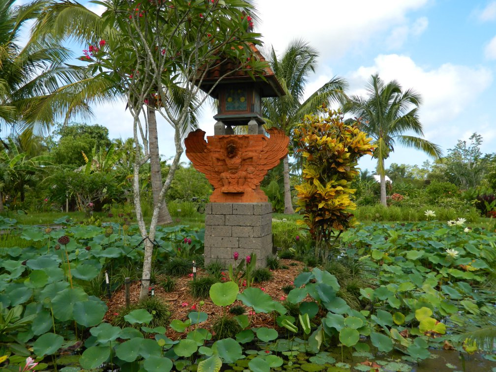 Balinese Shrine Lea Asian Garden Naples Botanical Garden by garden muses-a Toronto gardening blog