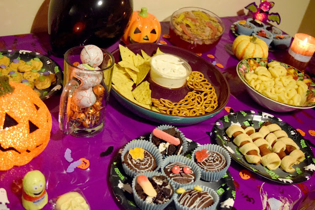 DIY Halloween Buffet