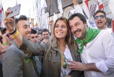 Salvini: ecco la foto che inchioda il maschio Alfa del Centro Destra Italiano