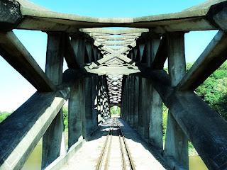 Ponte Férrea em Arco - Mata, RS