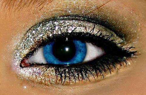 How-To-Do-Glitter-Eyeshadow