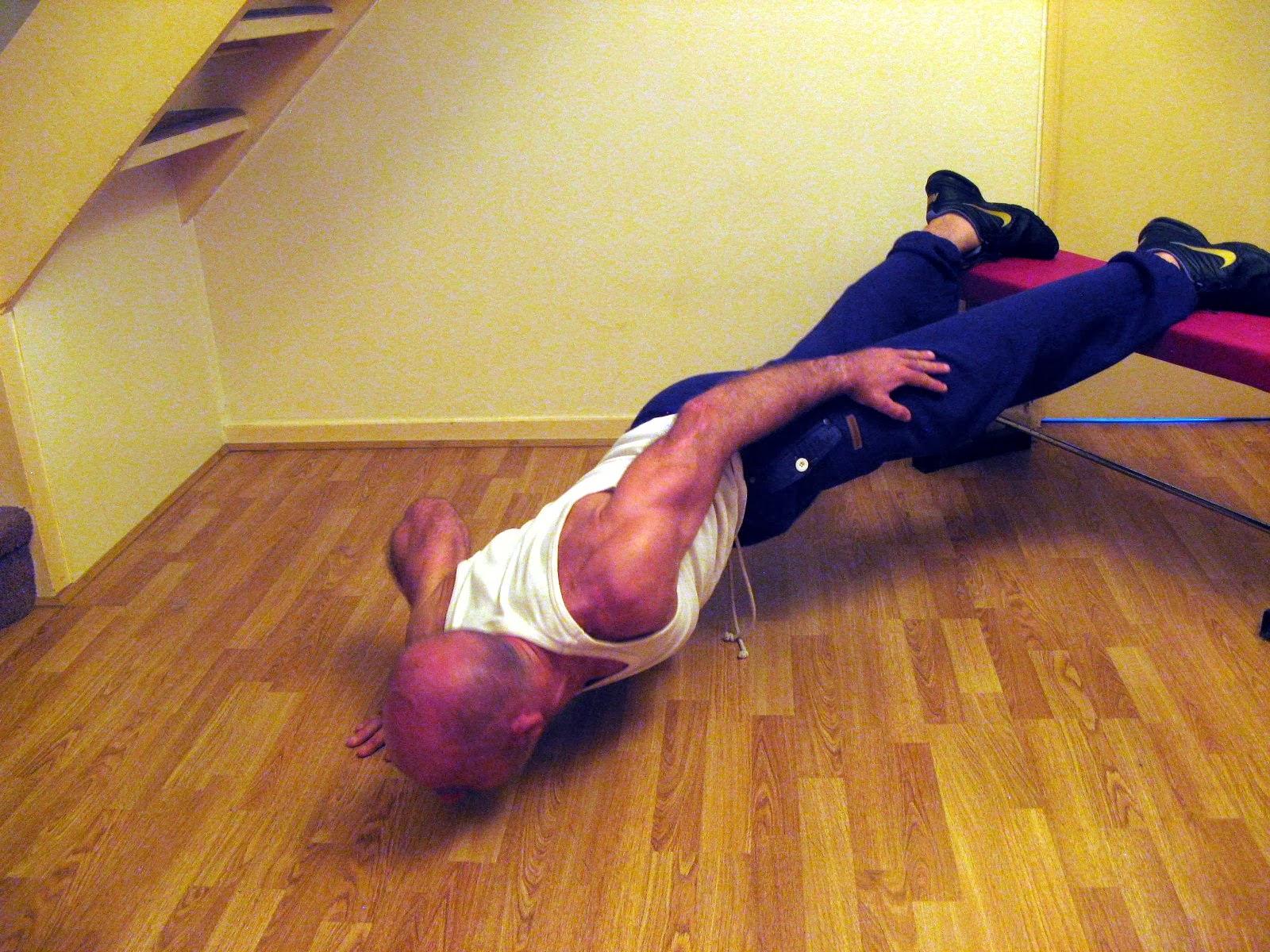Start Bodyweight Training: Push up progression