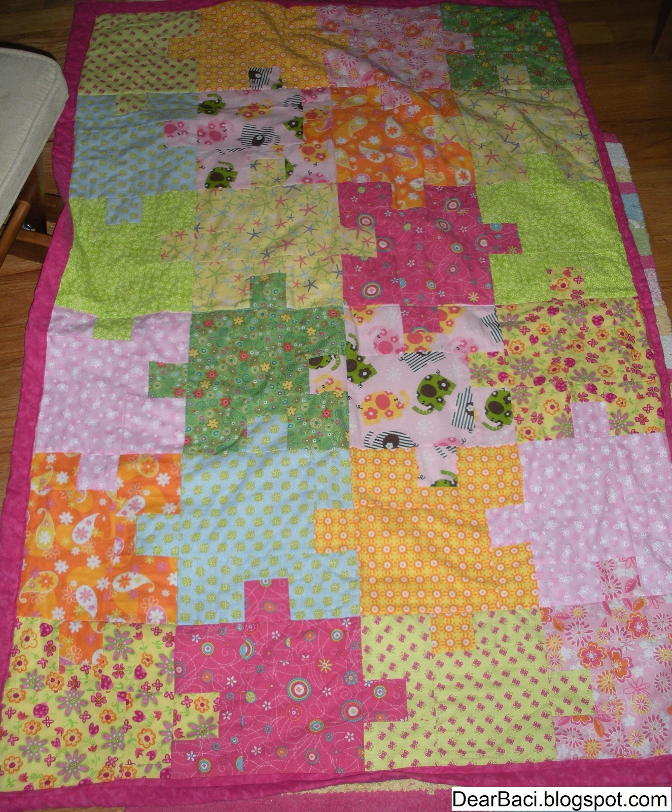 My friend's daughter is 2 1/2 and she is now using this quilt in her ...: dearbaci.blogspot.com/2012/07/jigsaw-puzzle-quilts.html