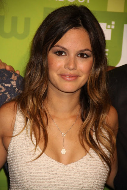 American Actress Rachel Bilson Latest Pictures At CW Event 2011