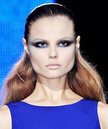 Blue Eyeshadow for Brown Eyes | Pixiwoo.com