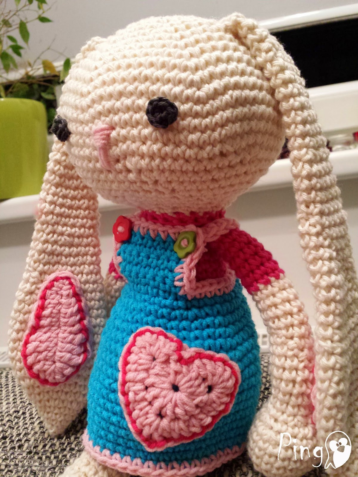 Crochet bunny pattern by Pingo - The Pink Penguin