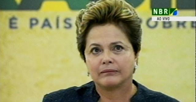Dilma está deprimida, chora e se sente sozinha, diz Merval Pereira. Oh dó...