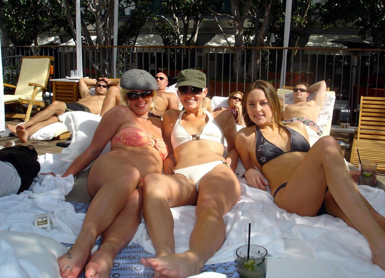 http://3.bp.blogspot.com/-dwqJluU2fCQ/UO1eOqMCZ_I/AAAAAAAAHAI/9hzV2QZhnIA/s1600/45767d1172924754-britney-spears-orange-bikini-bikini-buddies-92496_britbod21_122_116lo.jpg