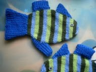 Imaginary Fishes Mittens