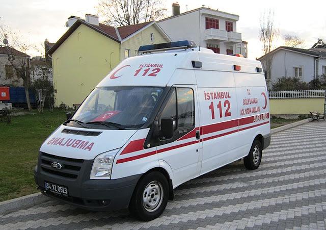 Gambar Mobil Ambulance 19