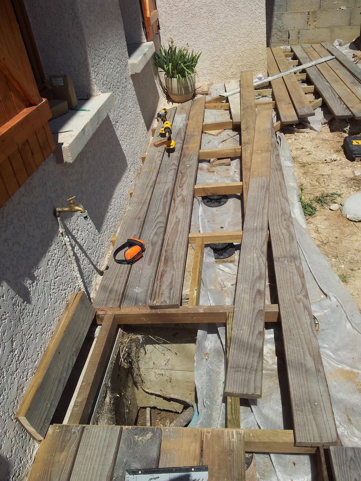 4 murs un toit et nous fin de la terrasse. Black Bedroom Furniture Sets. Home Design Ideas
