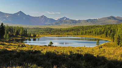Озеро на перевале