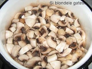 ciuperci pentru ciulama