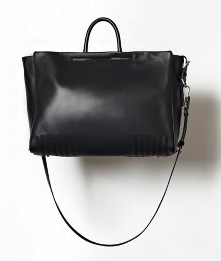Everlane black leather tote