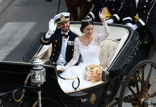 prinsbröllopet, sofias brudbukett, brudbukett prinsbröllopet, prinsessan sofias brudbukett, brudbukett trädgårdsrosor, brudbukett aptikosa rosor, brudbukett peach rosor, prince wedding sweden, royal wedding sweden, princess sofia's wedding bouquet, princess sofia's bridal bouquet, royal bridal bouquet, royal wedding bouquet, kunglig brudbukett, brudbukett prinsessa, bröllop carl philip sofia