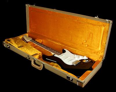 NoNeck Stratocaster