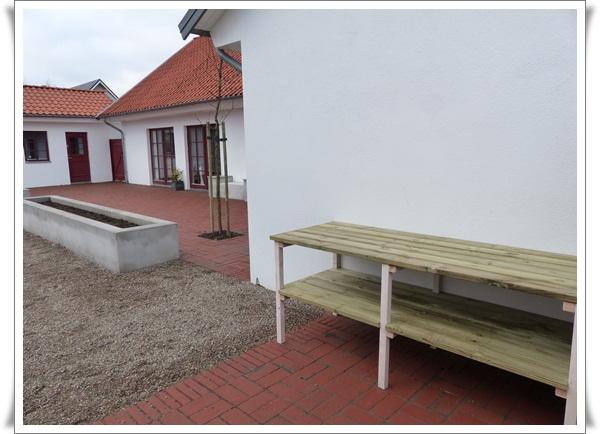 Belysning Arbetsbank Kok : bygga arbetsbonk kok  Hor har vi byggt ett planteringsbord med