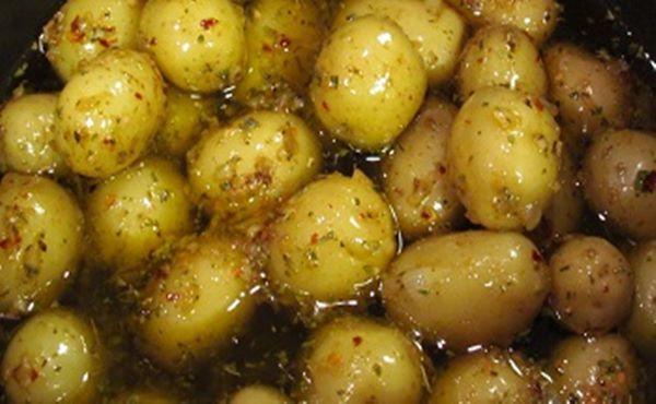 Como Fazer Conserva de Batata Bolinha no Azeite de Oliva