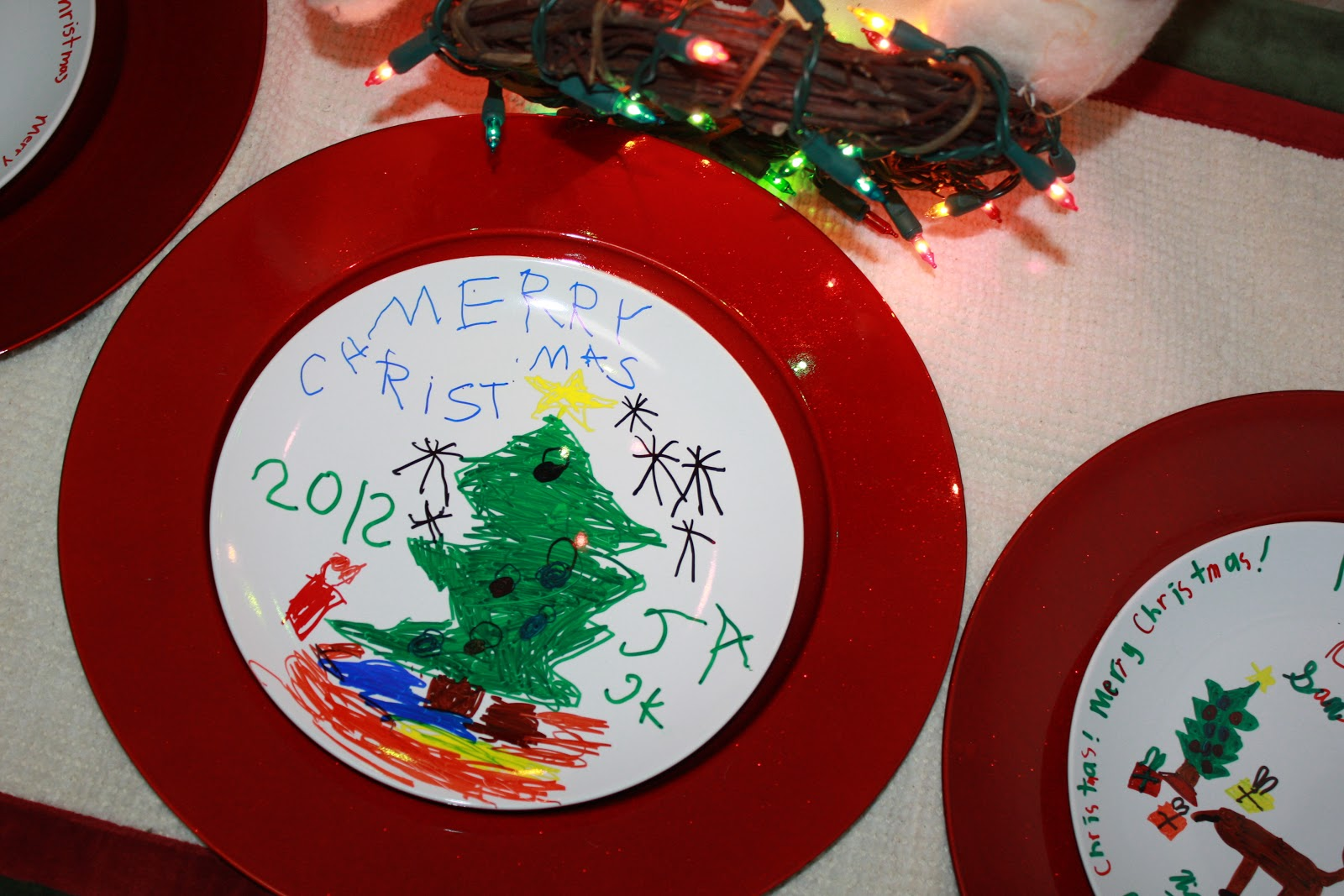 mom swim bike run easy kid craft how to decorate a christmas plate with a sharpie - Decorative Christmas Plates