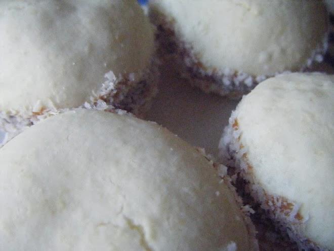 Alfajorcitos de Coco y Dulce de leche de Margarita