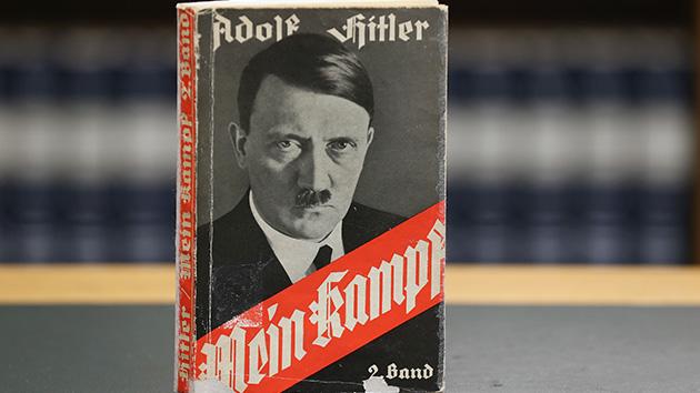 """""""Mein Kampf"""" de Adolf Hitler para todo mundo lê"""
