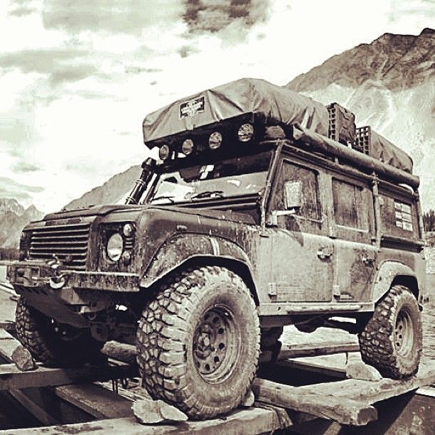 10 Badass Land Rovers For Your Weekend Reading