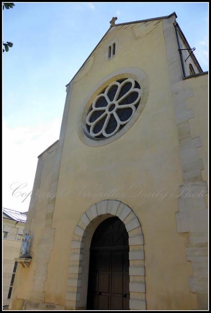 Chapelle Notre-Dame des Armées Versailles Façade