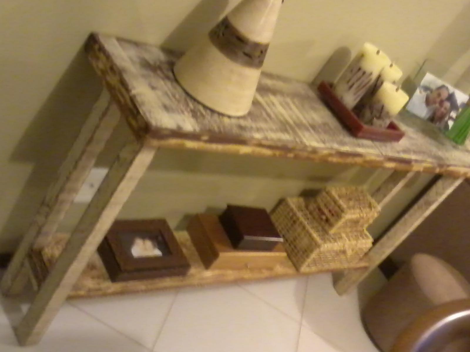 Brechó da Tila: Móveis artesanais madeira de demolição/reciclada #4D6720 1600x1200