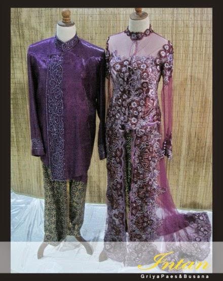 Beskap dan Kebaya warna ungu