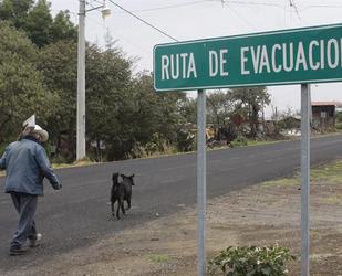 Alerta y evacuación por erupción del volcán Popocatepelt, 15 de Mayo 2013
