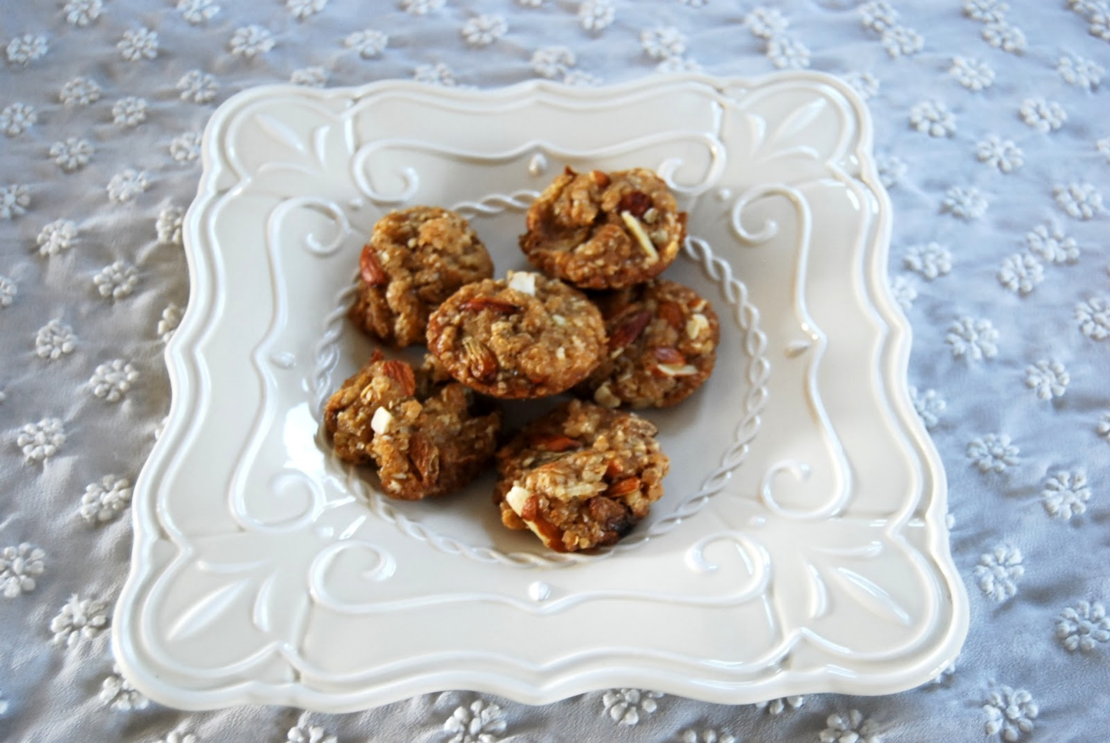 almond anzac cookies recipe more anzac biscuits almond anzac biscuits ...