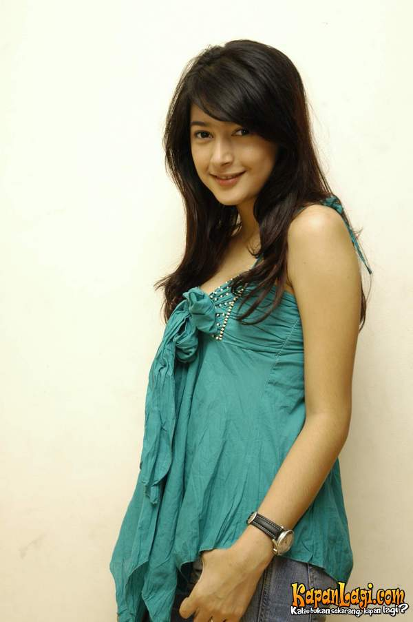 Nabila Syakieb is an Indonesian actress. Nabila is from the artist's ...