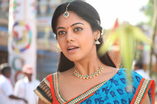 Bindu Madhavi in Spicy Saree Pics from movie Ballaladeva