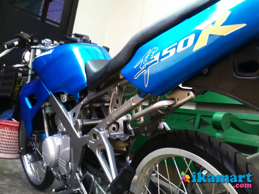 modifikasi motor ninja r warna biru  tahun ini