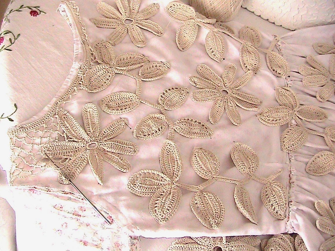 Katty\'s Cosy Cove: Making an Irish Crochet Dress.