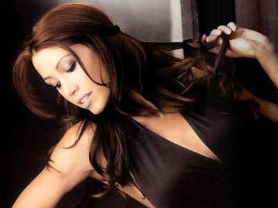 Fashion Model Shannon Elizabeth