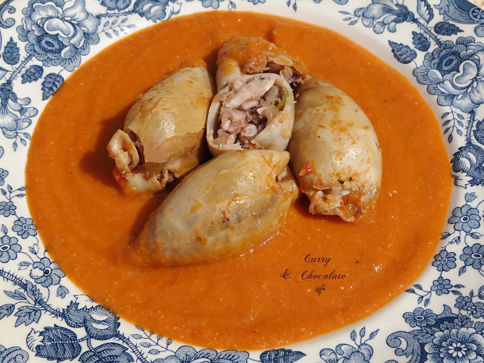 Chipirones rellenos en salsa de tomate  (dos versiones)
