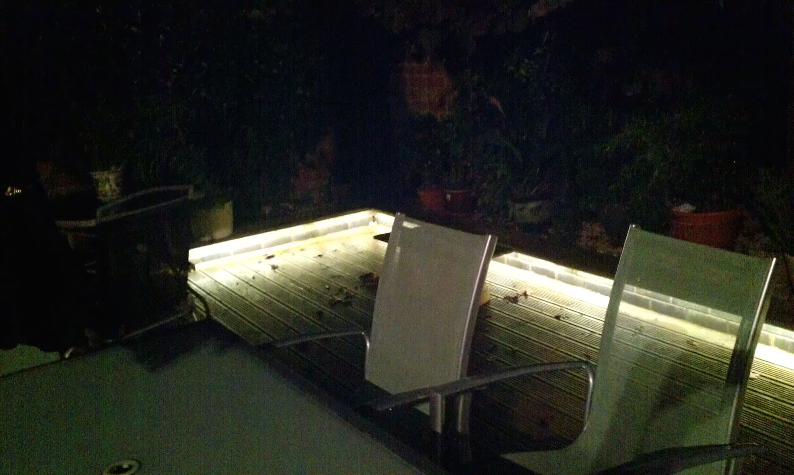 Perfect Even Though Your Garden Isnu0027t Really Part Of The House, It Can Still  Benefit From An Imaginative LED Tape Installation. You Can Draw Focus To  Feature Areas ...