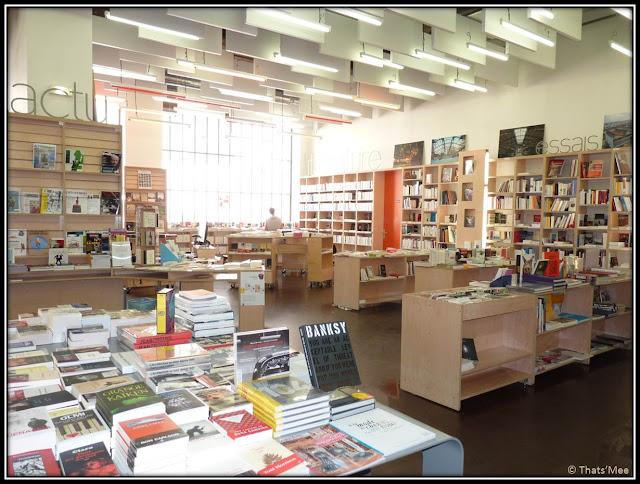 Le Merle Moqueur librairie 104 Cent Quatre Paris 19ème