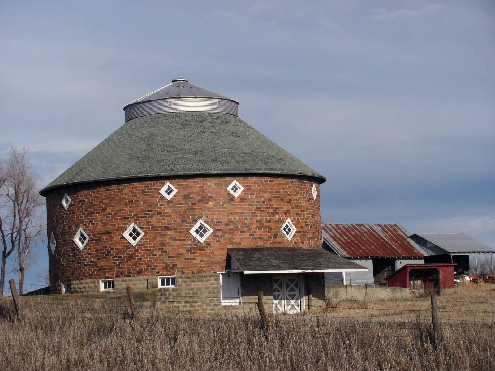 Curving Back An Old Round Barn