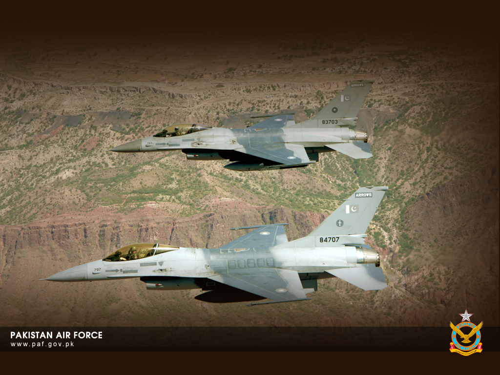 Pakistan Air Force F-16 2 Jets Formation Wallpaper