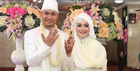 Gambar Pernikahan Nuri Maulida dengan Pandu Kusuma Dewangsa