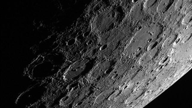 Extraños acantilados en Mercurio