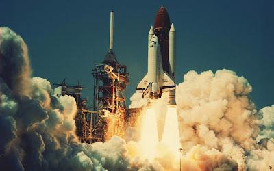 Space rocket HD wallpaper