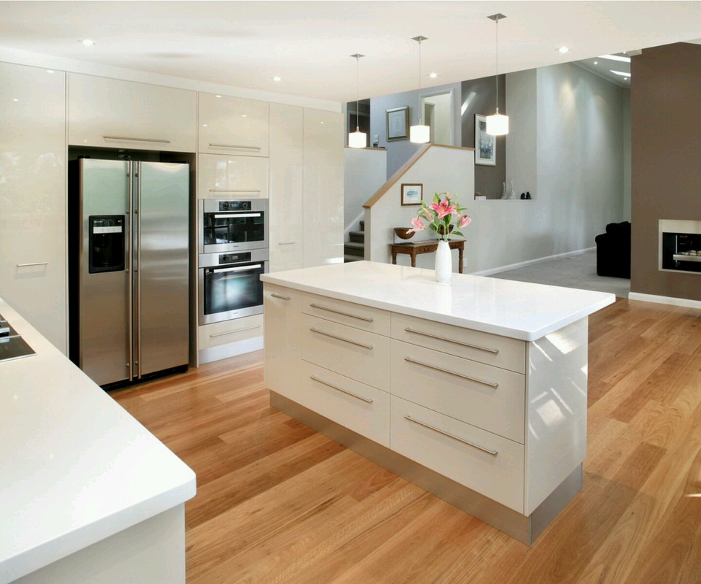 Luxury kitchen modern kitchen cabinets designs for Designs for bedroom cupboards