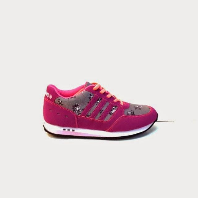Sepatu Adidas Running Women Tersedia hanya Untuk Wanita aja Harga Murah