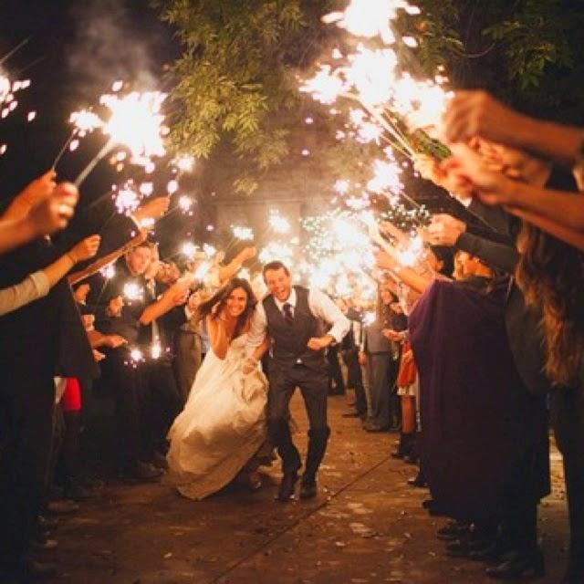 things she loves pittsburgh wedding planner sparkler